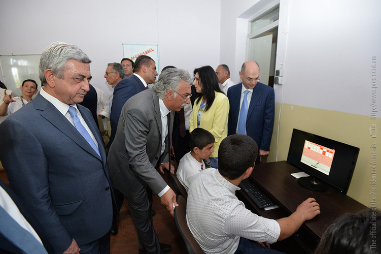 """Ucom: Serzh Sargsyan Participated in the Foundation Stone Laying Ceremony of Tumo Koghb Center and Paid a Visit to """"Armath"""" Engineering Laboratory in Koghb Village"""