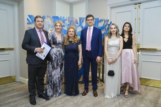 Vivacell-MTS: Charity dinner to support lonely seniors and children in need