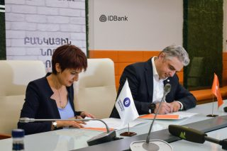 Education is the basis of a strong state: IDBank and Russian-Armenian University announced cooperation