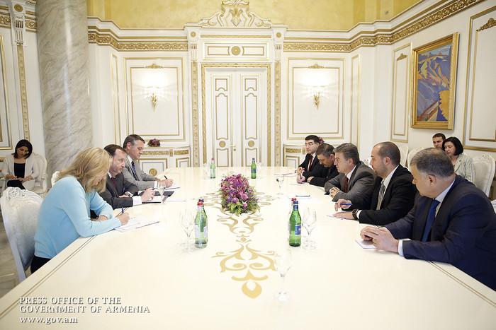 Karen Karapetyan received US Ambassador Richard Mills