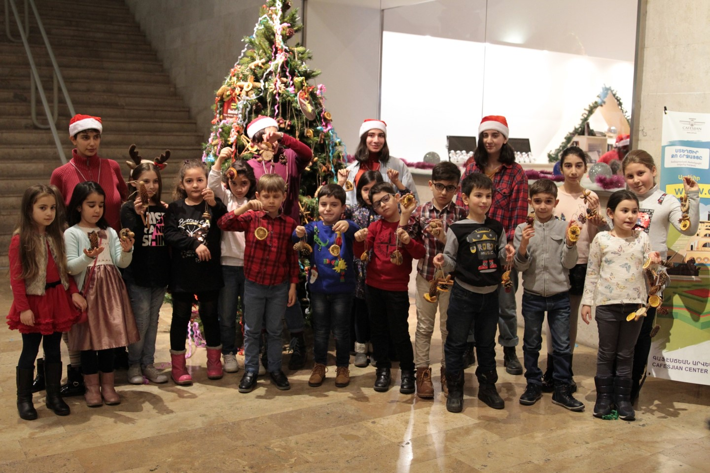 """""""The Miracle of New Year and Christmas"""" Children's Creative Program took place at the Cafesjian Center for the Arts (CCA) with Beeline's Support"""