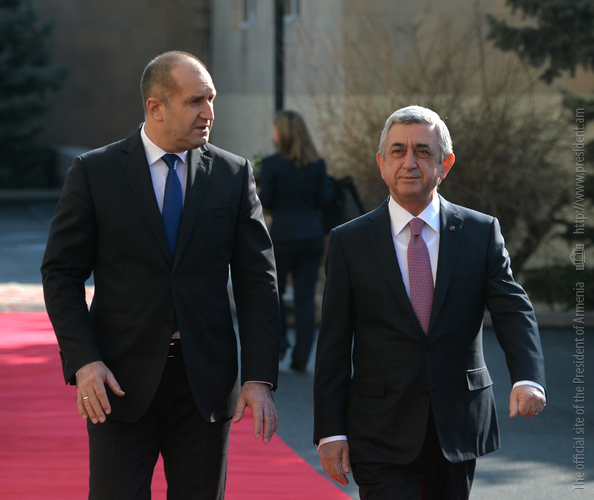 Official welcoming ceremony for President of Bulgaria held at Presidential Palace