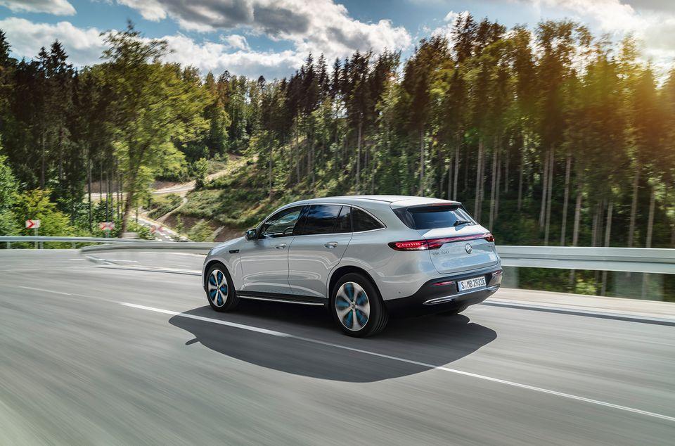 Mercedes-Benz-ը ներկայացրել է EQC էլեկտական քրոսովերը