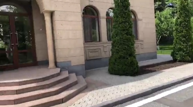 Նիկոլ Փաշինյանը ցուցադրել է կառավարական առանձնատունը և շրջակայքը. տեսանյութ