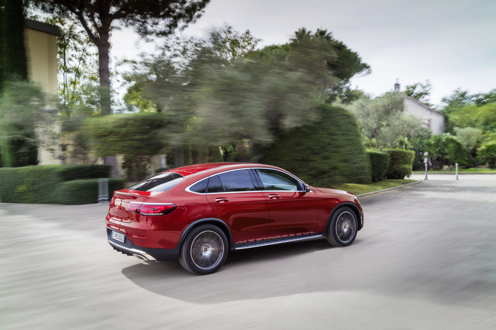 Ցուցադրվել է թարմացված Mercedes-Benz GLC Coupe կրոս կուպեն