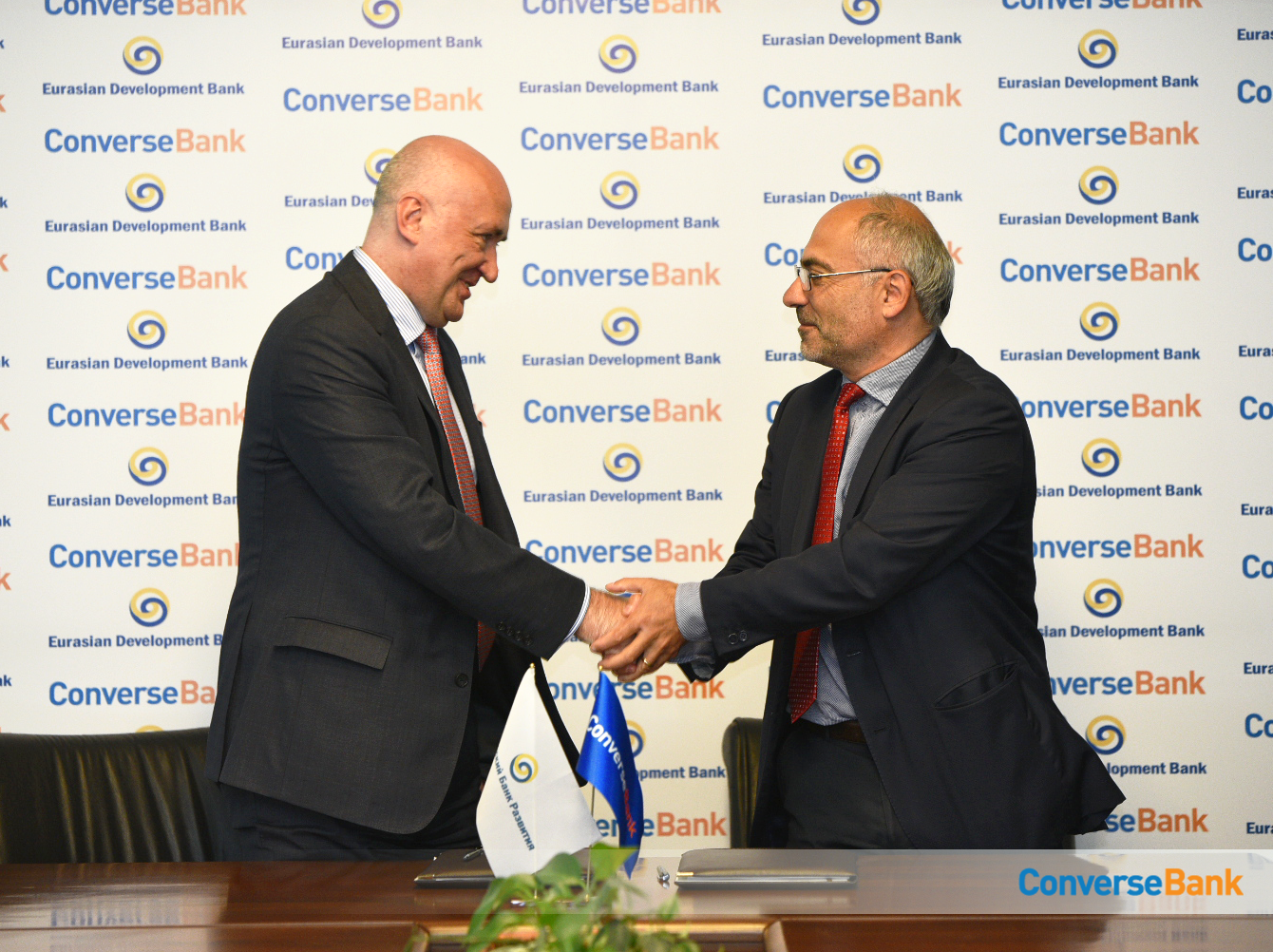 Կոնվերս Բանկը և Եվրասիական զարգացման բանկը ստորագրել են Միկրո և ՓՄՁ ֆինանսավորման վարկային պայմանագիր