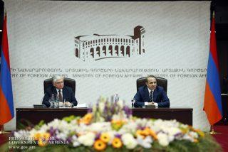 Հովիկ Աբրահամյանը Հայաստանը ներկայացնող դիվանագետներից ակնկալում է ակտիվ արտաքին տնտեսական քաղաքականության իրականացում