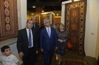 Սերժ Սարգսյանը հյուրընկալվել է «Մեգերյան կարպետ» ընկերությունում