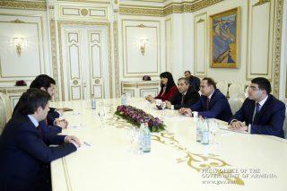 Հովիկ Աբրահամյանն ընդունել է Վրաստանի փոխվարչապետ, էներգետիկայի նախարար Կախա Քալաձեին