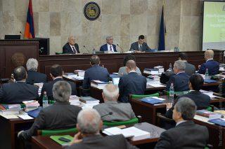 Նախագահ Սերժ Սարգսյանը մասնակցել է ԵՊՀ հոգաբարձուների խորհրդի տարեվերջյան նիստին