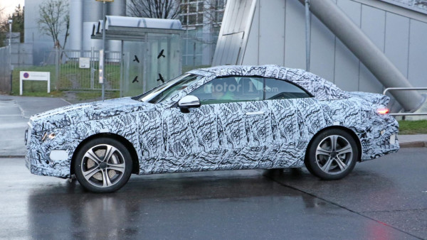 Mercedes-Benz-ը սկսել է E դասի կաբրիոլետի ճանապարհային փորձարկումները