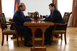 Հանդիպել են ՀՀ և ԼՂՀ վարչապետները