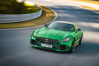 Պաշտոնապես ներկայացվել է Mercedes AMG GT-R սուպերմեքենան