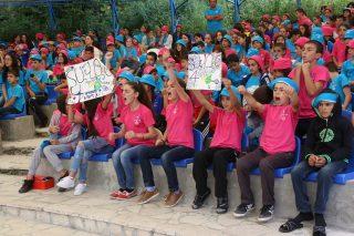 Ucom. նվերներ Արցախի դպրոցներին՝ տեխնոլոգիական ճամբարի պատանիների կողմից