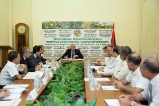 Կայացել է Հայաստանի խաղողագործության և գինեգործության հիﬓադրաﬕ հոգաբարձուների խորհրդի անդրանիկ նիստը