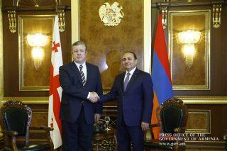 Հայաստանի և Վրաստանի վարչապետներն գոհ են Բագրատաշեն-Սադախլո սահմանային անցակետում կամրջի կառուցման աշխատանքների ընթացքից
