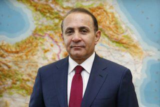 ՀՀ վարչապետ Հովիկ Աբրահամյանը հրաժարական տվեց