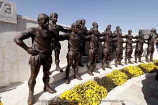 Երևանում հանդիսավորությամբ բացվել է «Արարատ-73» ֆուտբոլային թիմի արձանախումբը