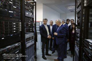 Կարեն Կարապետյանն այցելել է «Սինոփսիս Արմենիա» և «Վօլօ» ընկերություններ