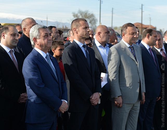 Սերժ Սարգսյանը մասնակցել է Վաղարշապատի ֆուտբոլի ակադեմիայի հիմնարկեքին