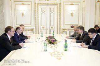 Վարչապետն ընդունել է «Ռուսական երկաթուղիներ» ԲԲԸ փոխնախագահ Ալեքսանդր Միշարինին