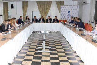 Վարդան Արամյանը հանդիպել է «Ներքին աուդիտորների ինստիտուտ-Հայաստան» ՀԿ անդամների հետ