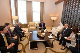 Սերժ Սարգսյանը հանդիպում է ունեցել Qatar Airways ընկերության գործադիր տնօրեն Աքբար Ալ Բաքրի հետ