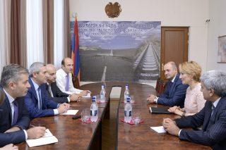 Վահան Մարտիրոսյանը ՀԲ ներկայացուցչի հետ քննարկել է ՏՀՏ և տրանսպորտի ոլորտներում գործակցության ուղիները