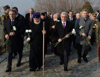 Նախագահ Սերժ Սարգսյանն այցելել է «Եռաբլուր» պանթեոն