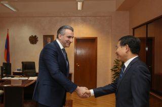 Իգնատի Առաքելյանն ընդունել է Հայաստանում Չինաստանի դեսպան Թիեն Ըրլոնգին