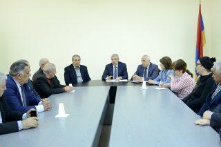 Վահան Մարտիրոսյանը ճանապարհաշինական ընկերությունների ղեկավարներին հանձնարարել է խիստ ուշադրություն դարձնել սպասարկման բարձր որակին