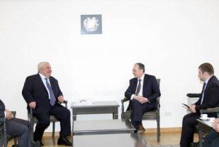 Հայաստանի արտգործնախարարն ընդունեց ՀԱՊԿ գլխավոր քարտուղար Յուրի Խաչատուրովին