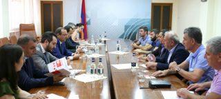 Արծվիկ Մինասյանը հանդիպում է ունեցել հայ գործարարների հետ՝ ՌԴ Ստավրոպոլի մարզից