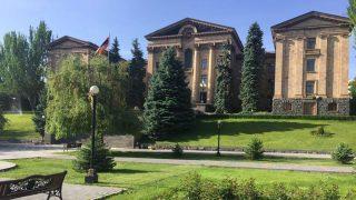ԱԺ արտահերթ նիստ ուղիղ. քննարկվում է Մանվել Գրիգորյանին անձեռնմխելիությունից զրկելու հարցը
