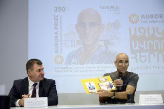 Նոր փոստային նամականիշ՝ նվիրված 2017 թվականի «Ավրորա» մրցանակի դափնեկիր Թոմ Քաթինային
