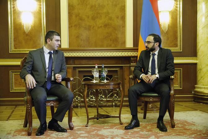 Հանդիպել են Հայաստանի փոխվարչապետն ու Արցախի պետնախարարը
