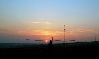 Հայաստանում ստեղծվել է արևային էներգիայով սնուցվող դրոն, որն օդում կարող է մնալ անգամ գիշերը