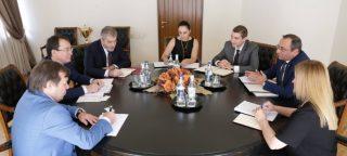 Արծվիկ Մինասյանը Տիմուր Ժակսիլիկովի հետ քննարկել է տնտեսական քաղաքականությանը վերաբերող հարցեր