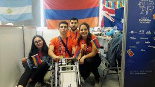 Ucom-ի աջակցությամբ Արմաթցիների մարզային թիմը մասնակցեց First Global ռոբոտների միջազգային մրցույթին