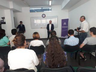Ատոմ Ջանջուղազյանը բաց դաս է անցկացրել Հայաստանում Բրիտանական միջազգային դպրոցի սաների համար