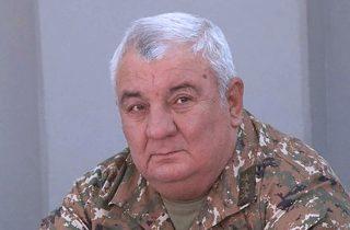 Գեներալ Յուրի Խաչատուրովի զինակից ընկերները ՀՔԾ պետից հրապարակային ներողություն են պահանջում