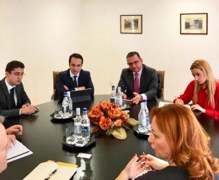 Տիգրան Խաչատրյանը հանդիպում է ունեցել Ասիական զարգացման բանկի հայաստանյան գրասենյակի տնօրեն Շեյն Ռոզենտալի հետ