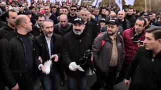 Նիկոլ Փաշինյան. Հայաստանում մեկնարկում է ոչ բռնի, թավշյա տնտեսական հեղափոխությանը