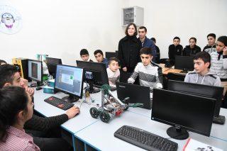 ԱԿԲԱ-ԿՐԵԴԻՏ ԱԳՐԻԿՈԼ ԲԱՆԿ․ Սահմանապահ Մովսեսում աշակերտները ռոբոտաշինությամբ կզբաղվեն