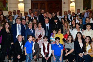 Աբու Դաբիում Արմեն Սարգսյանը հանդիպել է հայ համայնքի ներկայացուցիչների հետ