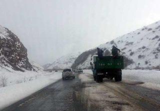 Հանրապետության որոշ ավտոճանապարհներին ձյուն և բուք է