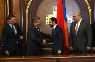 Ստորագրվել է ուղիղ համաձայնագիր Երևանում 250 մլն ԱՄՆ դոլար ներդրմամբ նոր ջերմաէլեկտրակայան կառուցելու մասին
