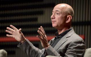 Forbes-ի ամենահարուստ բիզնեսմենների ցուցակը գլխավորել է Ջեֆ Բեզոսը