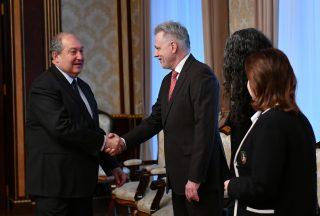 Նախագահ Արմեն Սարգսյանը հանդիպել է IBM ընկերության ներկայացուցիչների հետ