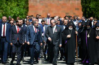 Նախագահ Արմեն Սարգսյանը Սարդարապատում մասնակցել է Հանրապետության տոնին նվիրված տոնական միջոցառմանը